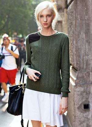 Model-Off-Duty Style: Transition To Spring With This Preppy Chic Look