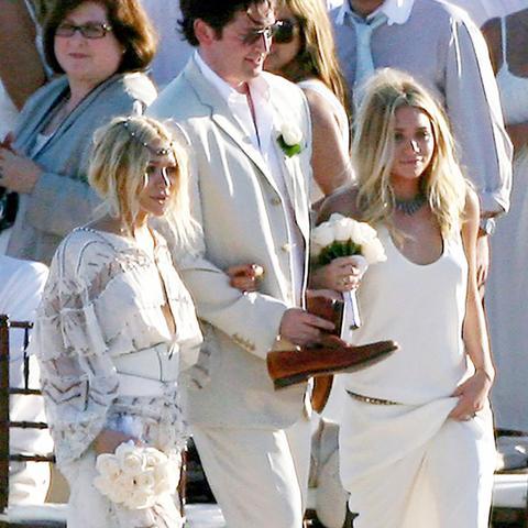 Celebrity bridesmaids dresses: Mary Kate and Ashley Olsen