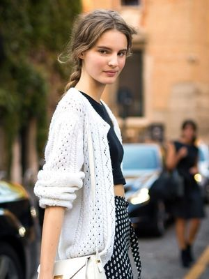 Model-Off-Duty Style: This Flirty Feminine Look Is Spring-Perfect