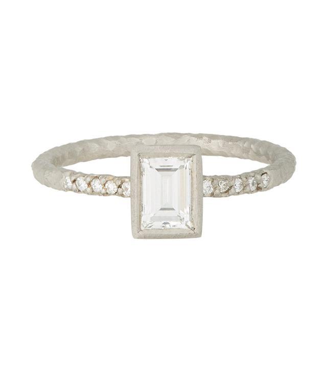 Malcolm Betts Diamond & Platinum Ring