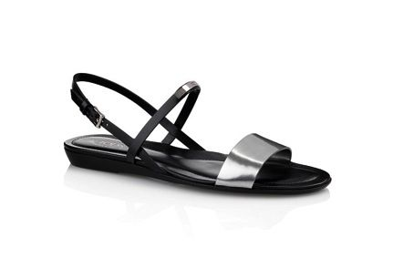 Tod's  Tod's Flat Leather Sandals