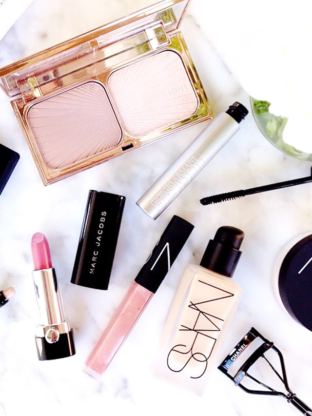 What Its Like To Do Your Own Makeup For Your Wedding