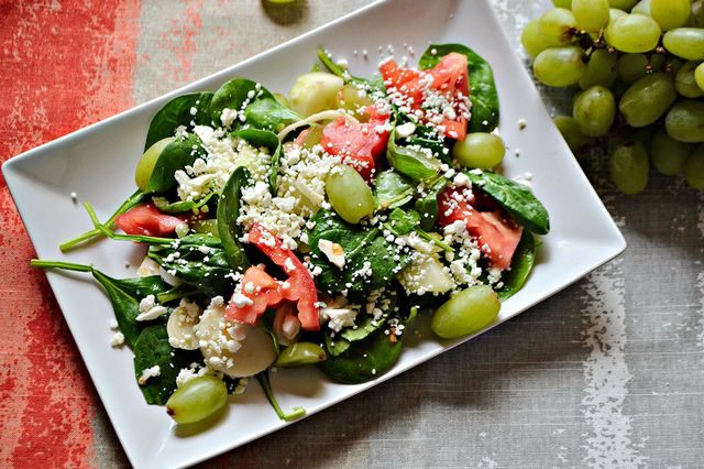 Spinach, Hearts of Palm, and Tomato Salad
