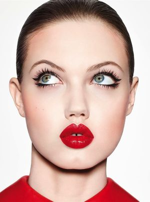 7 Beauty Looks That Pack A Punch