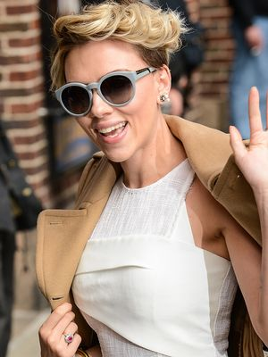 Scarlett Johansson Reveals the Perks of Being Pregnant at Work