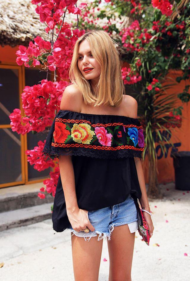 Style Tip: Off-the-shoulder top + denim cutoffs
