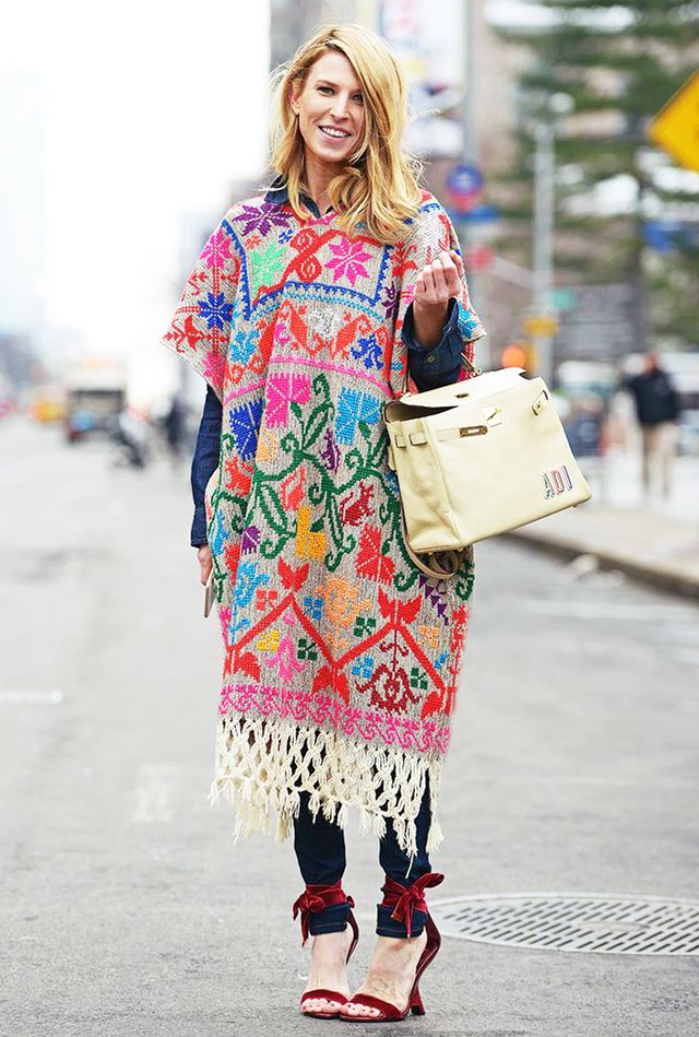 Style Tip:Patterned poncho + skinny jeans
