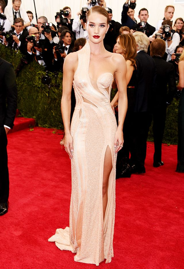 WHO: Rosie Huntington-Whiteley