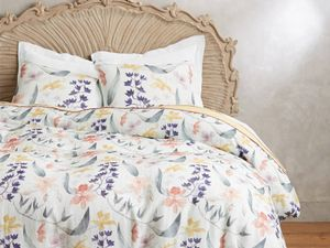 The Prettiest Floral Bedding Around