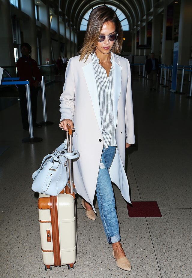 Jessica Alba's Madewell Pick: The Courier Shirt
