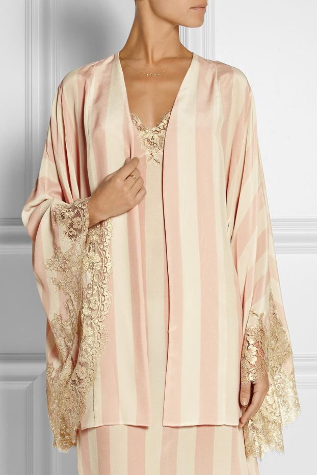 Rosamosario Amori Lineari Lace-Trimmed Silk Robe