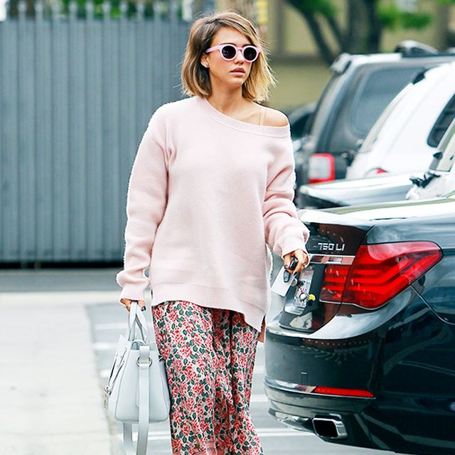 Jessica Alba is Pretty in Head-to-Toe Pink