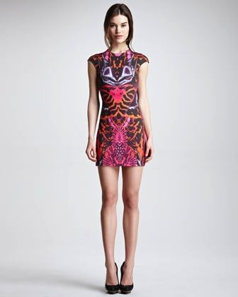 McQ by Alexander McQueen  Kaleidoscope-Print Cap-Sleeve Sheath Dress