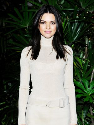 This Is What Kendall Jenner Wears Furniture Shopping