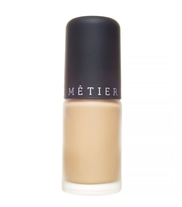 Le Metier de Beaute Classic Finish Foundation
