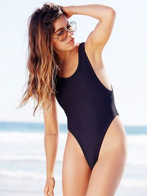 Why I Think One-Piece Swimsuits Are Sexier Than Bikinis