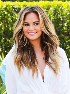 How to Re-Create Chrissy Teigen's Unexpected Layering Trick