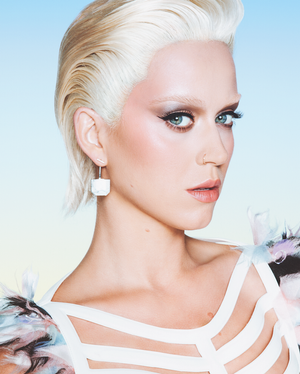 Must-See: Katy Perry's Striking Transformation For Wonderland Magazine