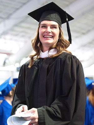 Brooke Shields's Amazing Advice for This Year's Graduates