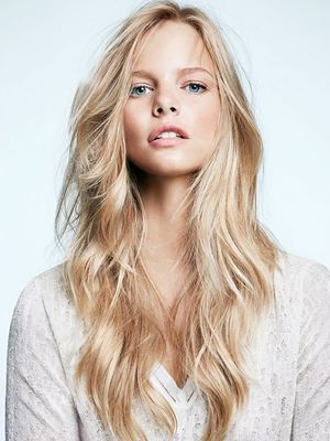 Mind Blown: The CORRECT Way to Apply Mousse to Your Hair