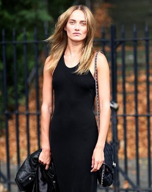 Model-Off-Duty Style: This All-Black Look Is A No-Brainer For Summer