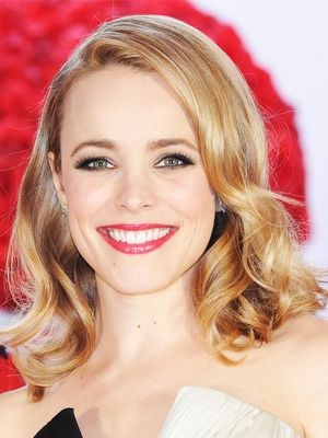 Rachel McAdams Makes a Gorgeous Bridesmaid