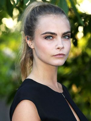 Cara Delevingne Gets Honest About Weight-Shaming in Fashion