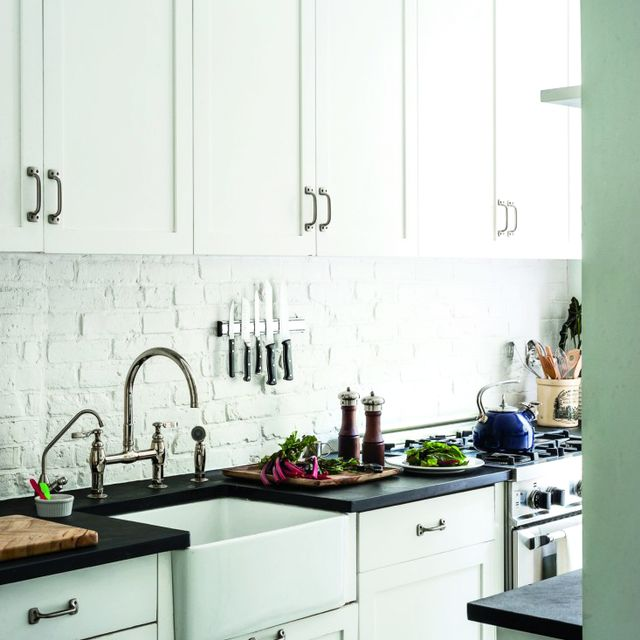 10 Urban Galley Kitchens We LOVE
