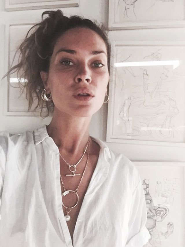 How To Layer Your Jewellery Like An It Girl Whowhatwear Uk