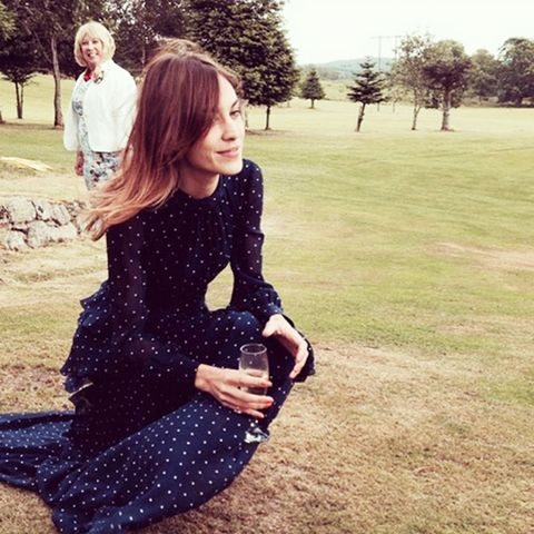 celebrity wedding guest outfits: alexa chung