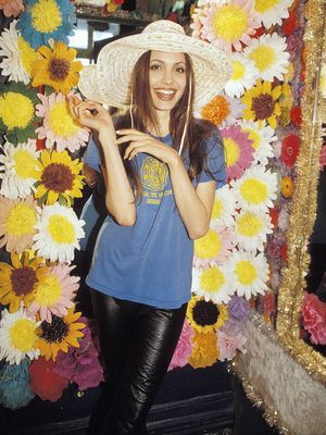 #TBT: Angelina Jolie Was Way Cooler at 19 Than We Were