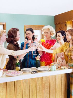 Exclusive! Behind the Swinging '60s Wardrobe of The Astronaut Wives Club