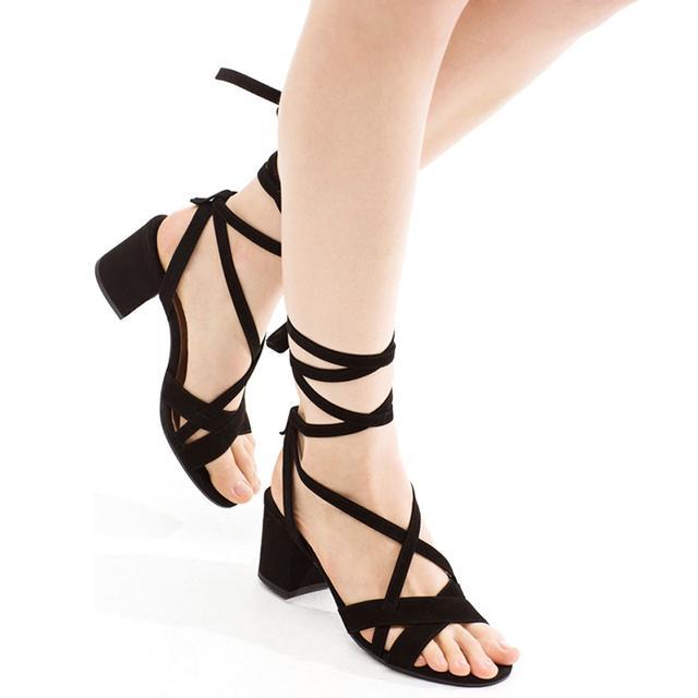#TuesdayShoesday: Shop Our Favorite Fancy Black Sandals