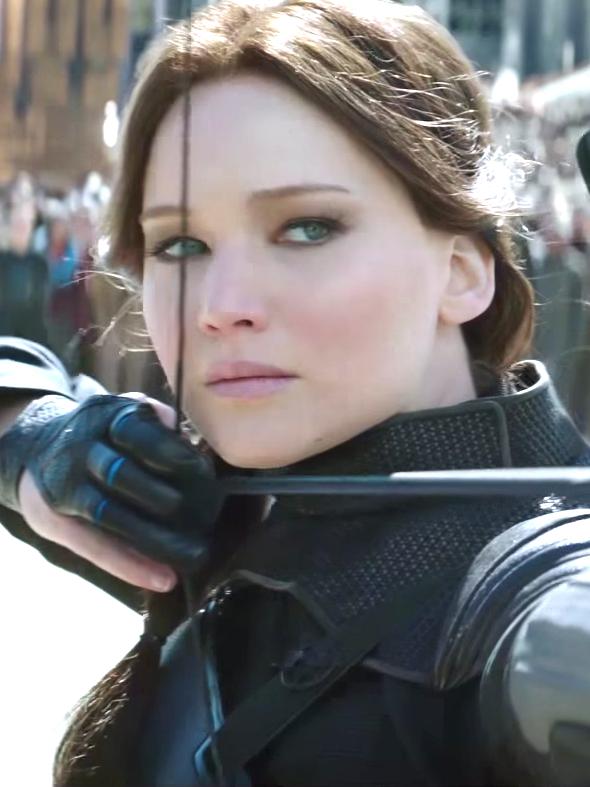 Jennifer Lawrence Stresses in New Hunger Games Trailer
