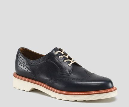 Dr. Martens Dr. Martens Carrington Shoes