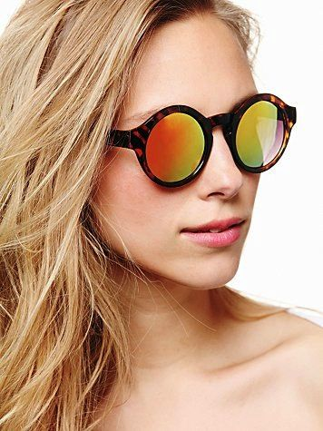 Free People  Pladium Sunglasses