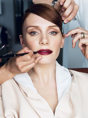 Exclusive: Getting Ready With Bryce Dallas Howard