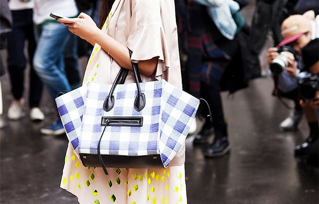 Need a new bag for summer? Try one in gingham!