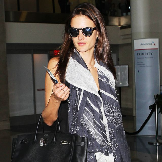 Alessandra Ambrosio's Skinny Jeans Are Actually Comfy for the Airport