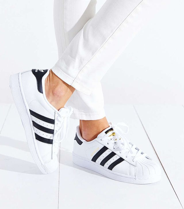 Men's Adidas Superstar Originals White/Black 3 Stripe Shoes Size 11