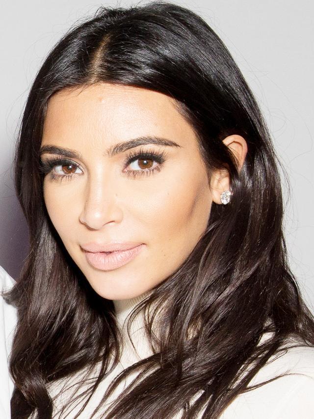 Big News! Kim Kardashian to Start Posting Makeup Tutorials