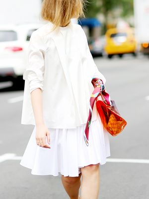 The Best Accessories to Wear With Your Summer Whites