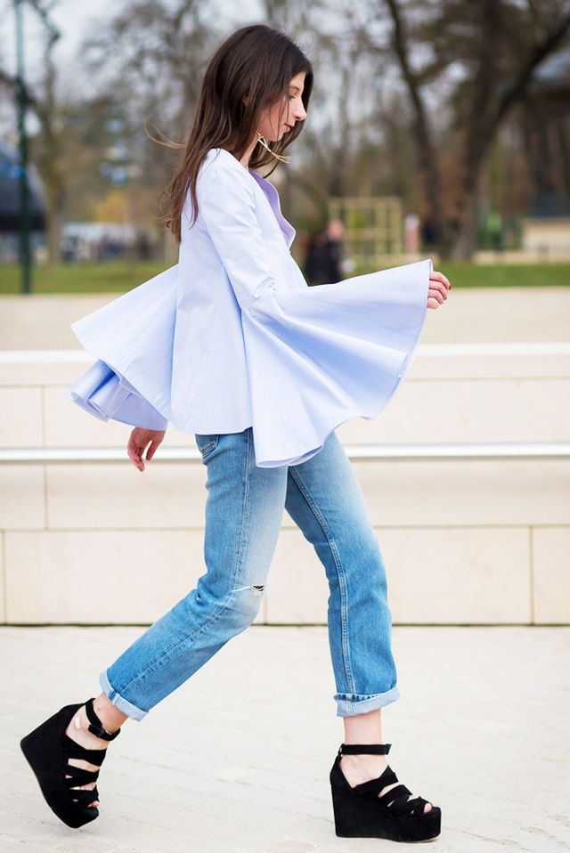 Unexpected shapes, like bell sleeves, end up having a slimming effect because they emphasise the narrowest parts of your body.