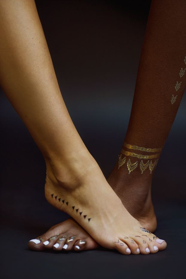 Rihanna x Jacquie Aiche Black and Gold Temporary Tattoos