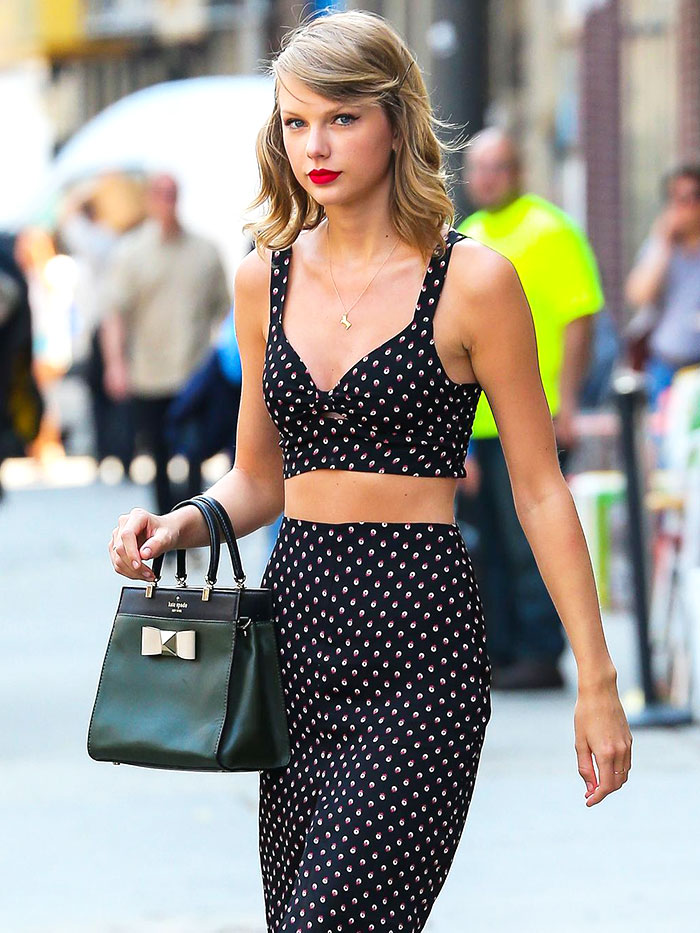Dear taylor swift i actually don t have a belly button whowhatwear