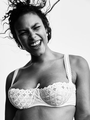 The Right Way to Put On a Bra: The Scoop and Swoop Method