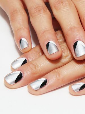Weekend Mani How-To: Jamie Chung's Geometric Nails