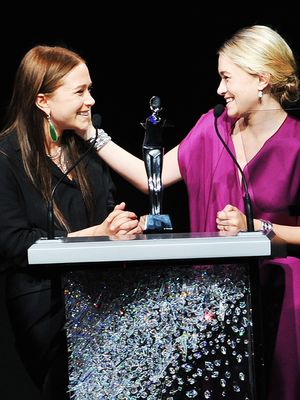 13 Times the Olsen Twins Warmed Our Hearts With Silly Grins