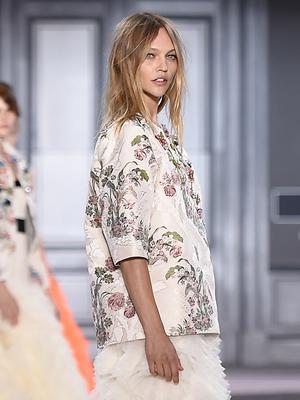 This Gorgeous Giambattista Valli Gown Is Our Dream Wedding Dress