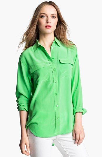 Equipment  Signature Silk Shirt in Irish Green